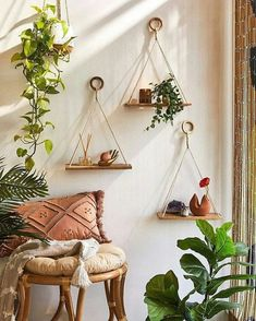 5 Fine Tips: Dove Wall Decor karate wall decor.Christmas Wall Decor With Ornaments cast iron kitchen wall decor.Wall Decor That Says Faith Living. Boho Room, Boho Living Room, Living Room Decor, Budget Living Rooms, Dining Room, Cozy Apartment Decor, Apartment Wall Decorating, Apartment Living, Bohemian Studio Apartment