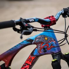Bicycle Paint Job, Bicycle Painting, Downhill Bike, Mtb Bike, Bmx, Bicicletas Cannondale, E Mtb, Cycling Outfit, Cycling Clothing