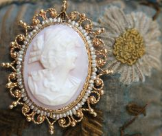Cameo Pendant Brooch 14K Gold Seed-Pearl