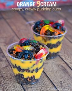 TruMoo Orange Cream Scream Dirt and Worm Cups for Halloween - They're filled with layers of orange cream pudding, crushed Halloween OREOS and plenty of creepy, crawly gummy worms.