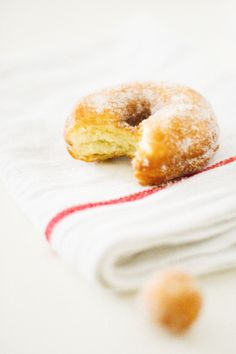 Bitten Doughnut | www.partyista.com