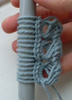 Free broomstick lace tutorial and pattern for wrist cuff