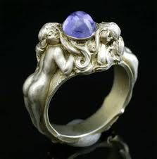 Art Nouveau ring with sapphire