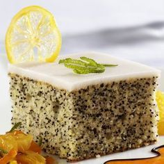 Brzo i ukusno: Kolač od maka i limuna Dessert Cake Recipes, Köstliche Desserts, Sweets Recipes, Delicious Desserts, Yummy Food, Hungarian Recipes, Turkish Recipes, Torte Recipe, Poppy Seed Cake