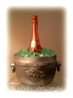 Tort z szampanem