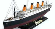 """Here are some more images of Academy's scale R. From Wikipedia"""" RMS Titanic was a British passenger liner. Life Insurance Companies, Best Insurance, Flood Insurance, Boat Building, Model Building, Building Illustration, Hobbies To Try, Canadian Models, Spa Deals"""