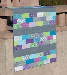 INSPIRATION, LOVE how this looks with no border and the blocks of bricks with the solid in between!