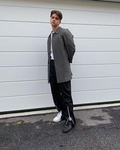 Minimalistic streetwear & menswear outfit, japan streetstyle My Outfit, Streetwear, Minimalist, Normcore, Menswear, Street Style, Japan, Outfits, Fashion