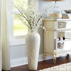 Grave Site Decoration Ideas Inspirational 29 Nice Floor Vase with Sticks Tall Vase Decor, Floor Vase Decor, Vases Decor, Large Floor Vase, Tall Floor Vases, Rooms Home Decor, Living Room Decor, Living Rooms, Vase With Branches