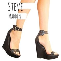 Steve Madden Wedges s t e v e   m a d d e n s i z e :  7.5 c o l o r :  b l a c k  w i t h   g o l d b a r e l y   w o r n                                                                                                                     Smoke Free Pet Free Price Negotiable through 'Offer Button' 20% off Bundles Steve Madden Shoes Wedges