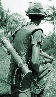 U.S. Army grunt in Vietnam circa 1967