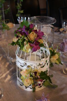#eventdecorations #accessories #birdcage #floral #melborne #weddingdecorations #linenhire #centerpieces  www.decorit.com.au (9)