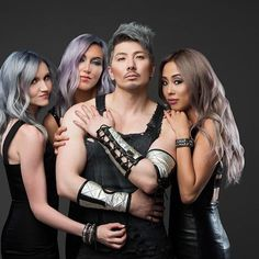 Another amazing shot from the #MetallicObsession photo shoot with @kenraprofessional and @guy_tang! I'm in loveeee 😍