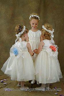 Beatutiful Hand Made Bowknot and Flower Back Style Organza Flower Girl Dress