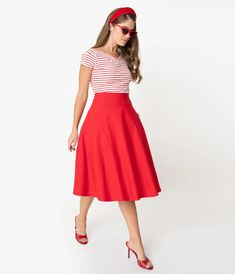 Unique Vintage Plus Size Retro Red Stretch Vivien Swing Skirt Red Skirt Outfits, Pin Up Outfits, Red Skirts, Disney Bound Outfits Casual, Disney Outfits, Unique Vintage, Retro Vintage, Vintage Style, Snow White Outfits