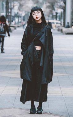 寬褲正在流行中,Dappei 四月份女性穿搭榜 | Dappei