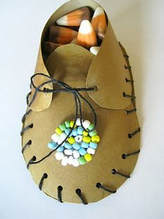 for Thanksgiving....paper moccasin favors.