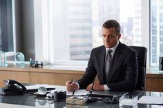 If you're a fan of Suits, you'll know how stylish their offices are. Here you can check out Utility's very own Harvey Specter apartment & office furniture. Office Interior Design, Office Interiors, Interior Styling, Suits Series, Suits Tv Shows, Ceo Office, Lawyer Office, Suits Harvey, Office Paint Colors
