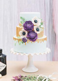 Pretty Purple Ranunculus Flower Wedding Cake