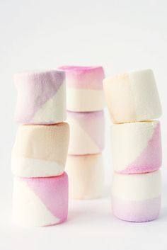diy watercolor marshmallows. Give your marshmallows a painterly touch.