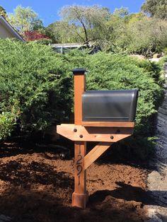 New Maibox - Modern Cedar Mailbox Post, Brick Mailbox, Wooden Mailbox, Rural Mailbox, Diy Mailbox, Mailbox Ideas, Mailbox Designs, Rustic Mailboxes, Home Mailboxes