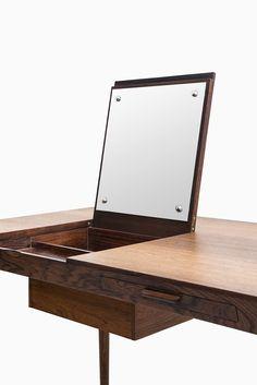 Severin Hansen vanity / desk in rosewood by Haslev at Studio Schalling