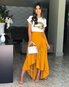 trendy mullet o comprimento que Cute Casual Outfits, Casual Dresses, Modest Fashion, Fashion Dresses, Look Hippie Chic, Fitness Video, Long Skirt Outfits, Outfit Trends, Fashion Clothes