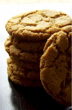 snappy molasses cookies recipe - dairy-free, soy-free