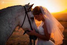 bride and horse - Google zoeken