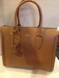 Alexander McQueen AUTHENTIC NWT Zip Up Heroine Handbag #AlexanderMcQueen #Satchel