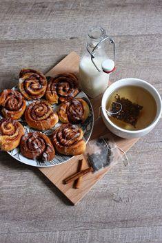 Délicieux Cinnamon Rolls - Bonjour Darling Best Bread Recipe, Bread Recipes, Cuisines Diy, Slow Food, Us Foods, Cinnamon Rolls, Sweet Recipes, Anne Laure, Food Porn