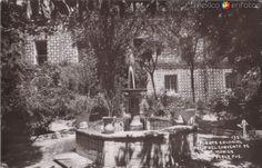 Fotos de Puebla, Puebla, México: Fuente Colonial en el patio del convento de Santa Mónica