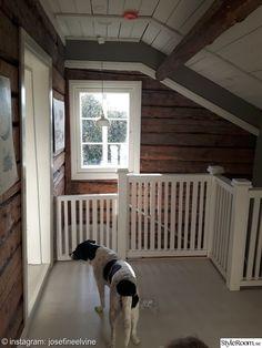 totalrenovering,renovering,trappräcke,trappa,timmervägg