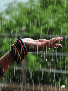 Trendy Dancing In The Rain Pictures Night Ideas Walking In The Rain, Singing In The Rain, Rain Pictures, Film Pictures, Rain Wallpapers, Smell Of Rain, I Love Rain, Rain Photography, Rainy Day Photography