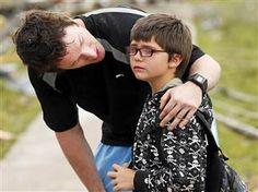 'Good job, teach': Educators emerge as heroes in Okla. tragedy (Photo: AP)
