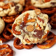 Pretzel cookie with chocolate and peanut butter chips