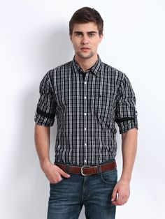 Get Roadster Men Black & White Checked Vettel Slim Fit Casual Shirt @ Rs.429.