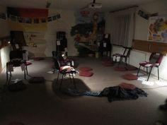 Ako môže vyzerať miestnosť pripravená ako územie modlitby.