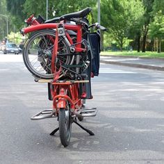 Courtesy #brompton on #Bicicapace #Justlong