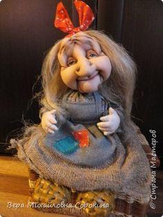 Куклы Шитьё интерьерная кукла Бабушка-Яга Бумага газетная Капрон Мешковина Проволока Ткань фото 6