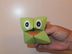Frosch falten Origami Frosch falten The post Frosch falten Origami appeared first on Salzteig Rezepte. Origami Diy, Origami Simple, Origami Tutorial, Origami Paper, Origami Boxes, Dollar Origami, Origami Ball, Origami Instructions, Origami Butterfly