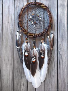 Dreamcatcher-Country Style-American Indian-Native American-Amulet-Shaman-Dreamcatcher Authentic-Wall hanging-Wall Decor - Hoop diameter cm length without loop 55 cm The big dream catcher is made on a willow dog. Grand Dream Catcher, Big Dream Catchers, Beautiful Dream Catchers, Dream Catcher Art, Dream Catcher Mobile, Large Dream Catcher, Los Dreamcatchers, Diy Dream Catcher Tutorial, Dream Catcher Native American