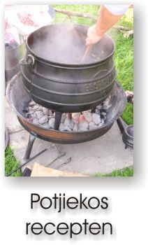 Potjiekos Braai Recipes, Wine Recipes, Backpacking Food, Camping Meals, Outdoor Food, Outdoor Cooking, Barbeque Design, Traditional Wedding Decor, Cast Iron Dutch Oven