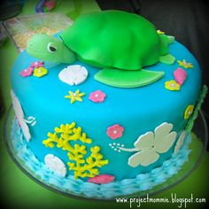 Hand painted sea turtle Blue Note Bakery Austin Texas Fish