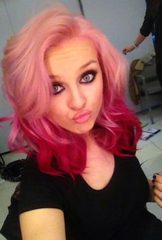 Kendall Jenner has purple hair now, we repeat, PURPLE hair – Courtney Magill Kendall Jenner has purple hair now, we repeat, PURPLE hair Crazy hair colours :: Perrie Edwards ombre pink hair Pink Ombre Hair, Hair Color Pink, Hair Dye Colors, Red Ombre, Perrie Edwards, Dip Dye Hair, Dyed Hair, Dip Dyed, Candyfloss Pink Hair