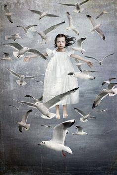 Beth Conklin When woman are Birds Surrealism Collage Kunst, Collage Art, Collages, Art And Illustration, Motifs Art Nouveau, Pop Surrealism, Whimsical Art, Surreal Art, Bird Art
