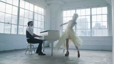 Lindsey Stirling - The Greatest Showman Medley - YouTube