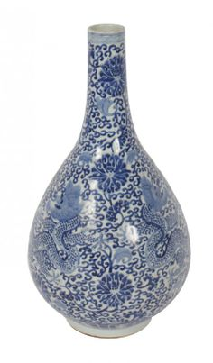 Chinese Qing period blue and white dragon vase 42 cm H