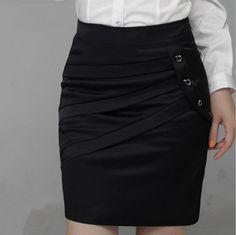 patrones para hacer una falda recta - Buscar con Google Skirt Pants, Dress Skirt, Modelos Fashion, Skirt Patterns Sewing, Work Skirts, Work Attire, Girl Fashion, Fashion Design, Skirt Outfits