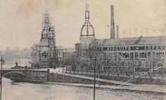Vues sur le Port Maillard et le pont de la Rotonde avec l'usine LU et ses 2 tours édifiées entre 1905 et 1909.